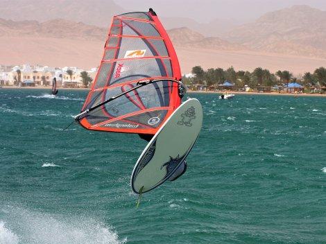 Windsurfing v Dahabu